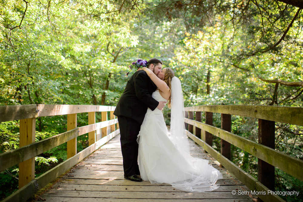 starved-rock-fall-wedding-pictures-14.jpg