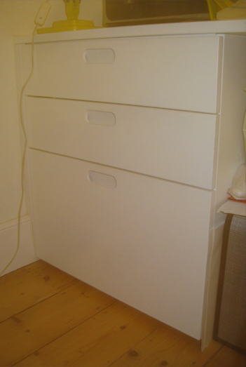 Fitted cupboard -  White sprayed finish drawer unit