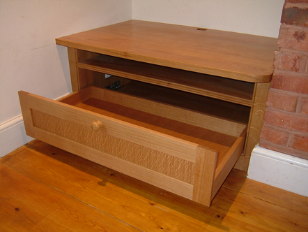 Fitted cupboard - Oak built in TV shelf + drawer unit