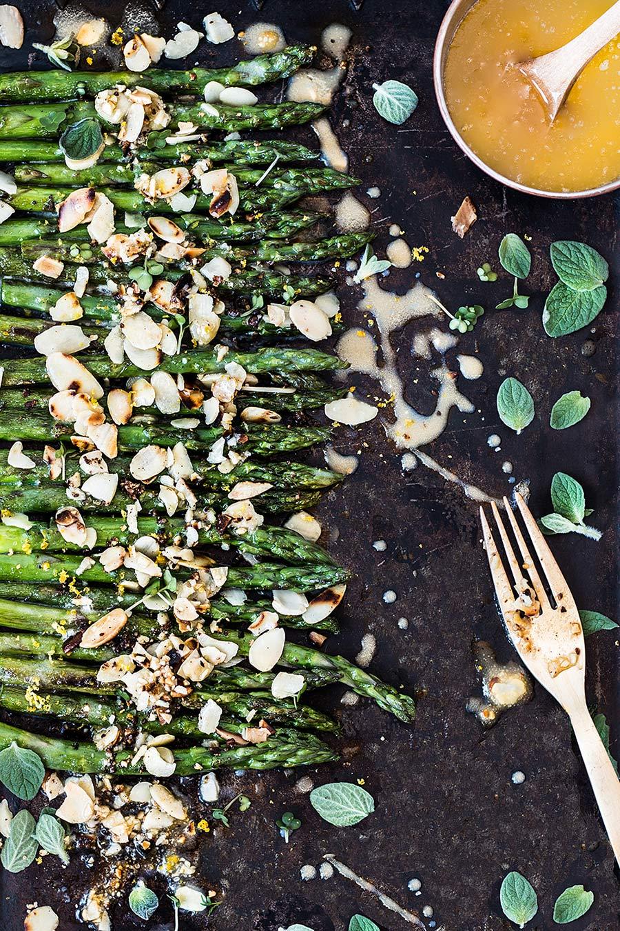 Asparagus by Laura Domingo