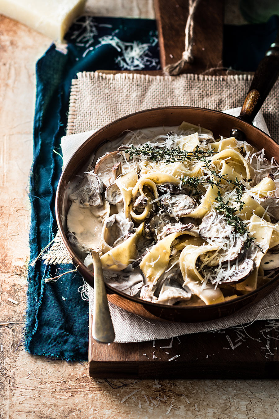 Taggliatela with mushroom sauce by Laura Domingo