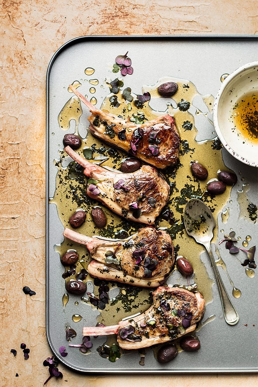 Lamb cuttles with mint sauce by Laura Domingo