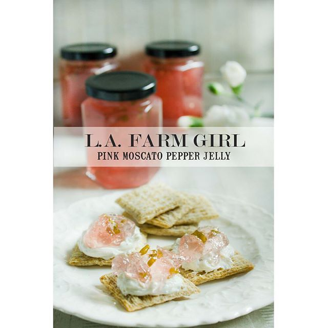 #lafarmgirljams #pinkmoscatopepperjelly Don't let the delicate blush color fool you - she packs a peppery punch. #madeinla #lajamjunkie #lafoodie #pepperjellytotherescue #foodblogger #lafoodblogger