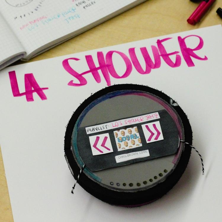 LA SHOWER /MODEL PROTOTYPE