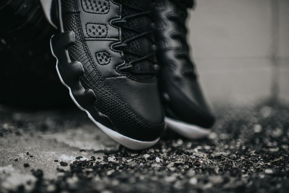 Nike_AJ9_RetroLow_blkGymRedWht_3_9646acea-579f-4033-9274-cf3c423807f3_1024x1024.jpg