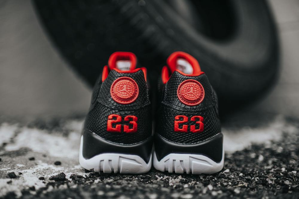 Nike_AJ9_RetroLow_blkGymRedWht_7_c2472da8-6ebe-4081-b804-003320c747dc_1024x1024.jpg