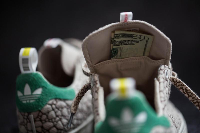 adidas-stan-smith-420-sneakers-05_o5j2q0.jpg