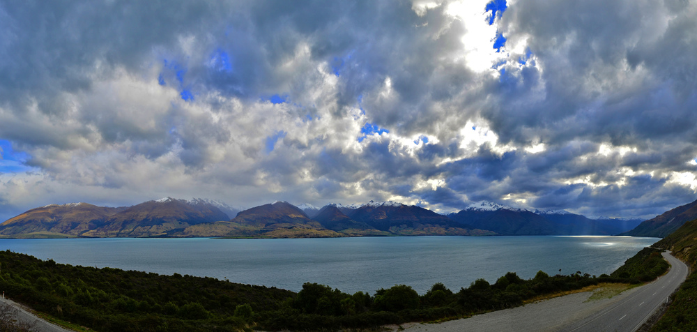 [15] Views of Lake Wanaka, South Island.