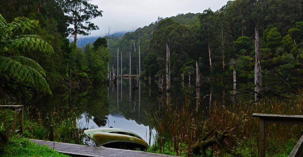 [23] Serene Lake Elizabeth, Victoria.
