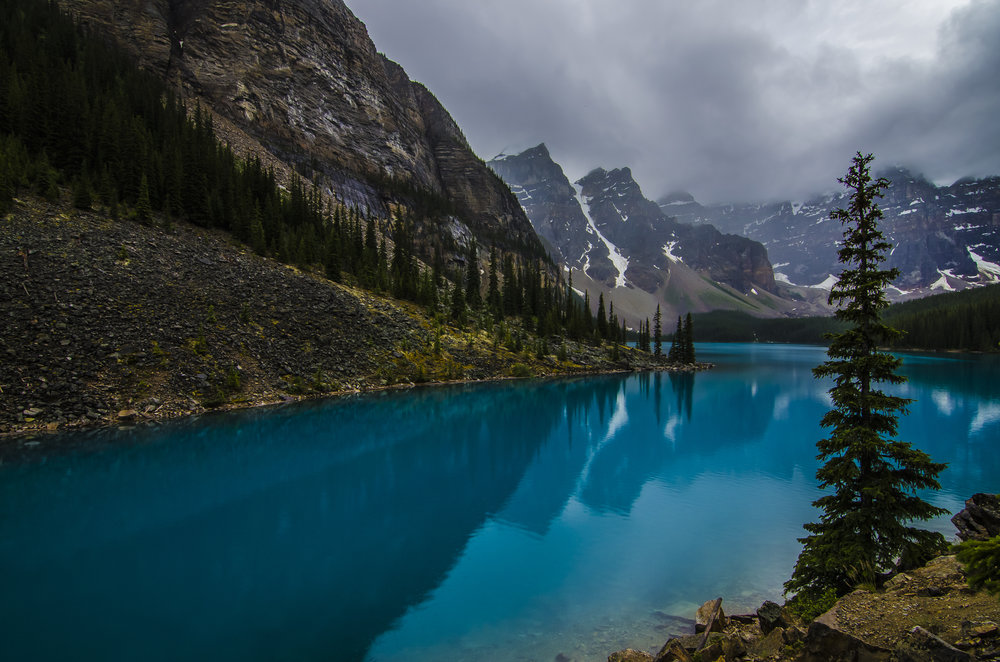 Blue Oasis, Moraine Lake