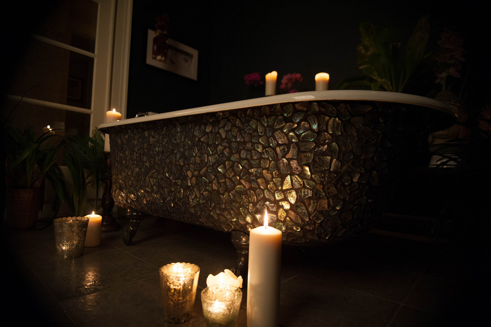 Black Glass Mosaic Clawfoot Tub