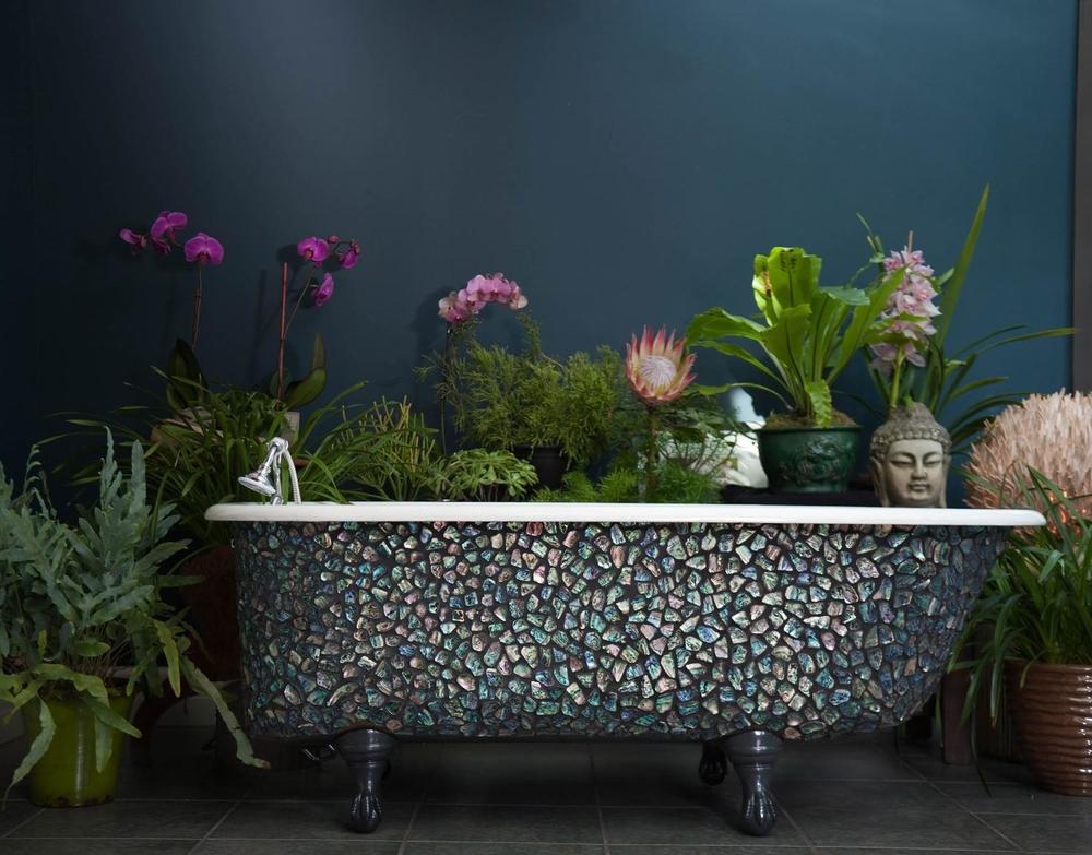 Paua shell mosaic clawfoot tub