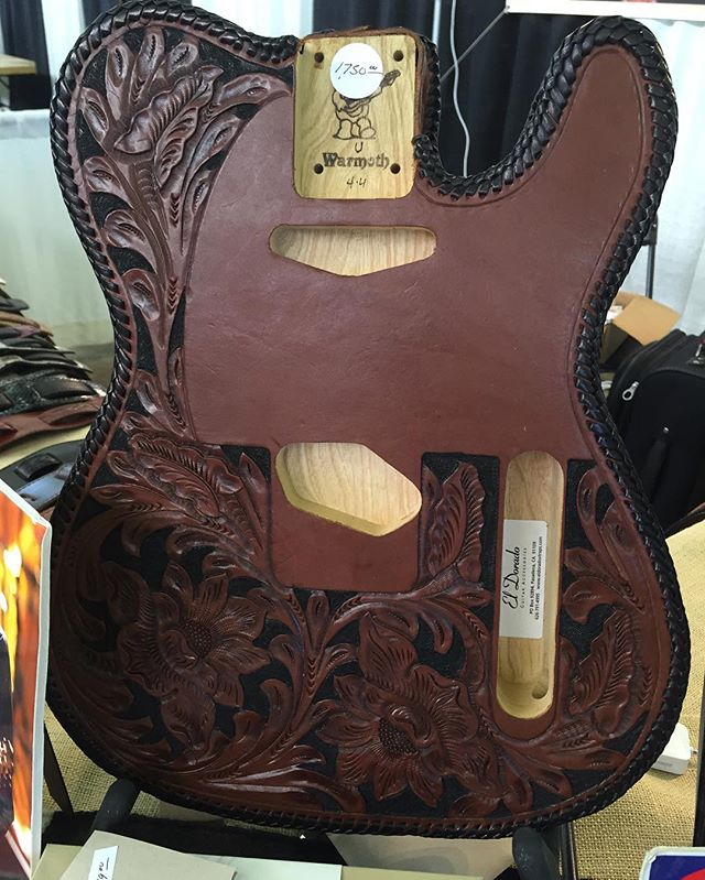 #teletuesday #guitars #fender #fenderguitars #tele #guitcast #telecaster