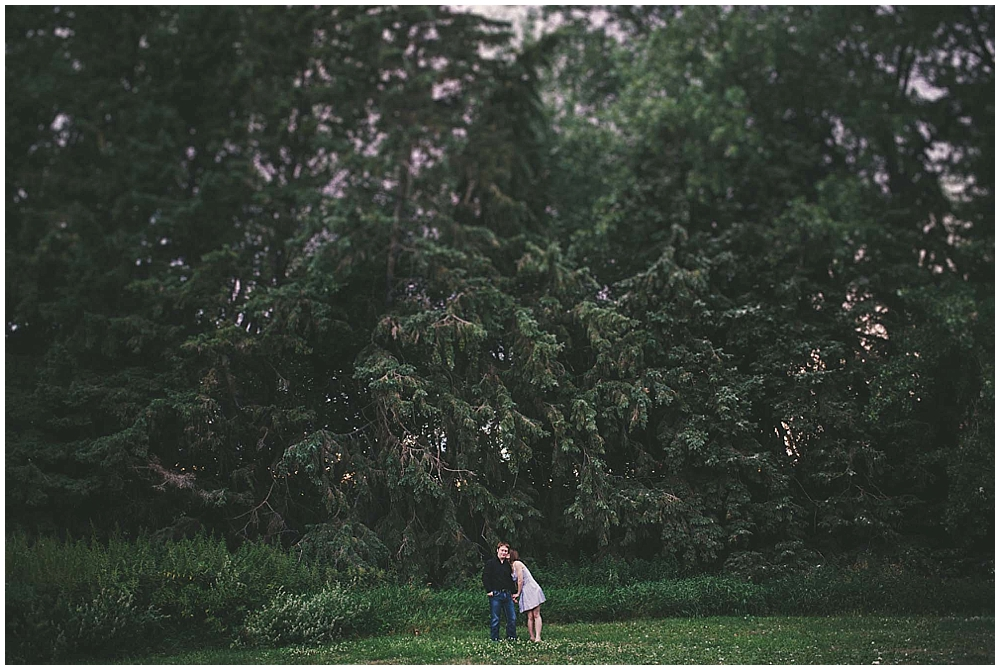 Jazsmin-Aaron-1254_fargo_wedding_photographer.jpg