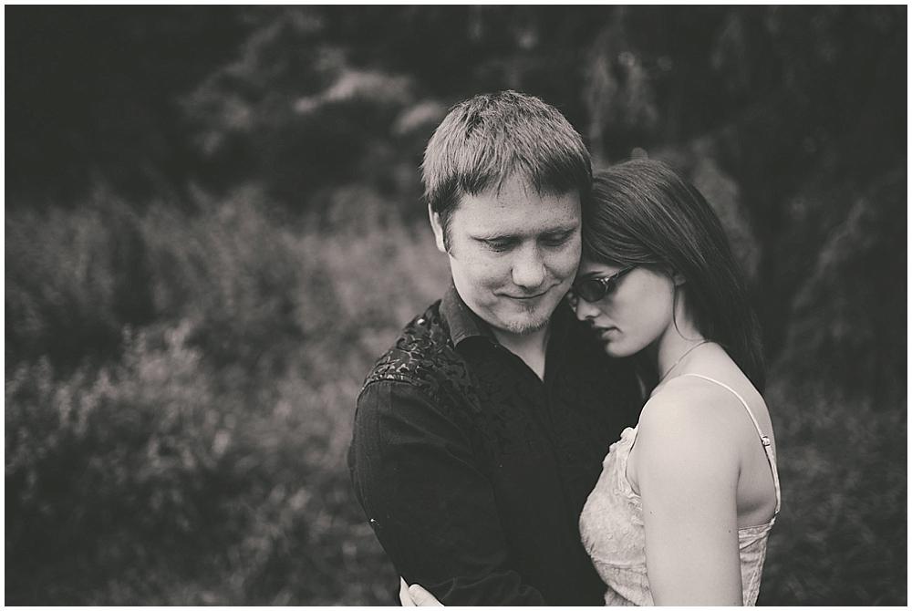 Jazsmin-Aaron-1256_fargo_wedding_photographer.jpg