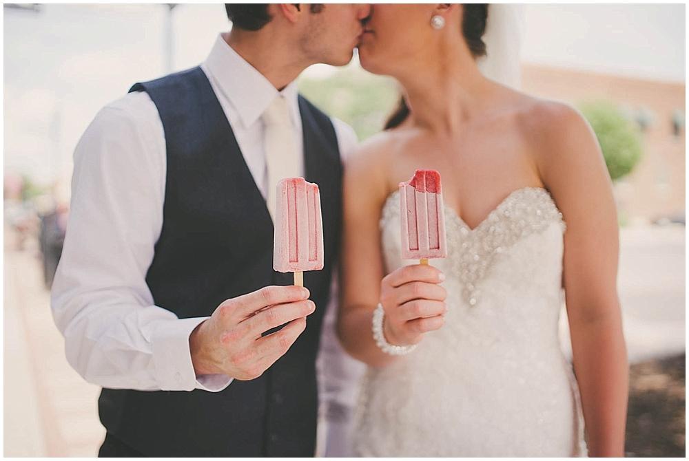 Nicole-Levi-1534_fargo_wedding_photographer.jpg