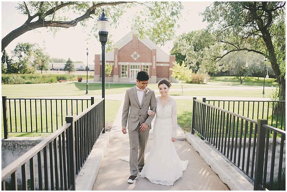 Liz-Eller-3122_fargo_wedding_photographer.jpg