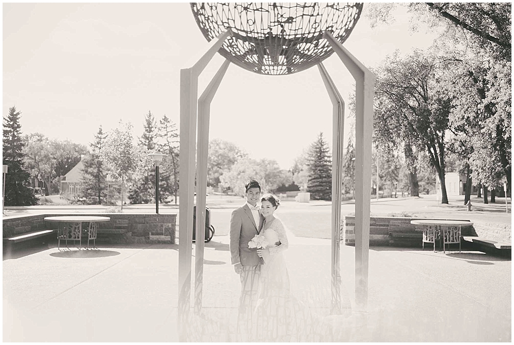 Liz-Eller-3408_fargo_wedding_photographer.jpg