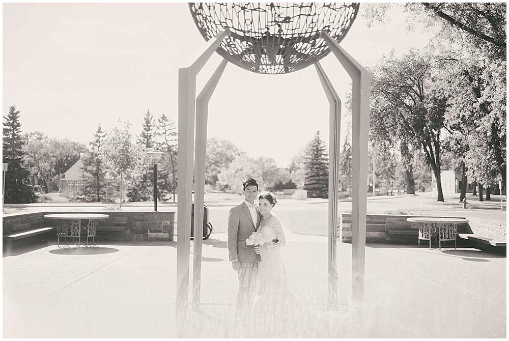 Liz-Eller-3408_fargo_wedding_photographer.jpg