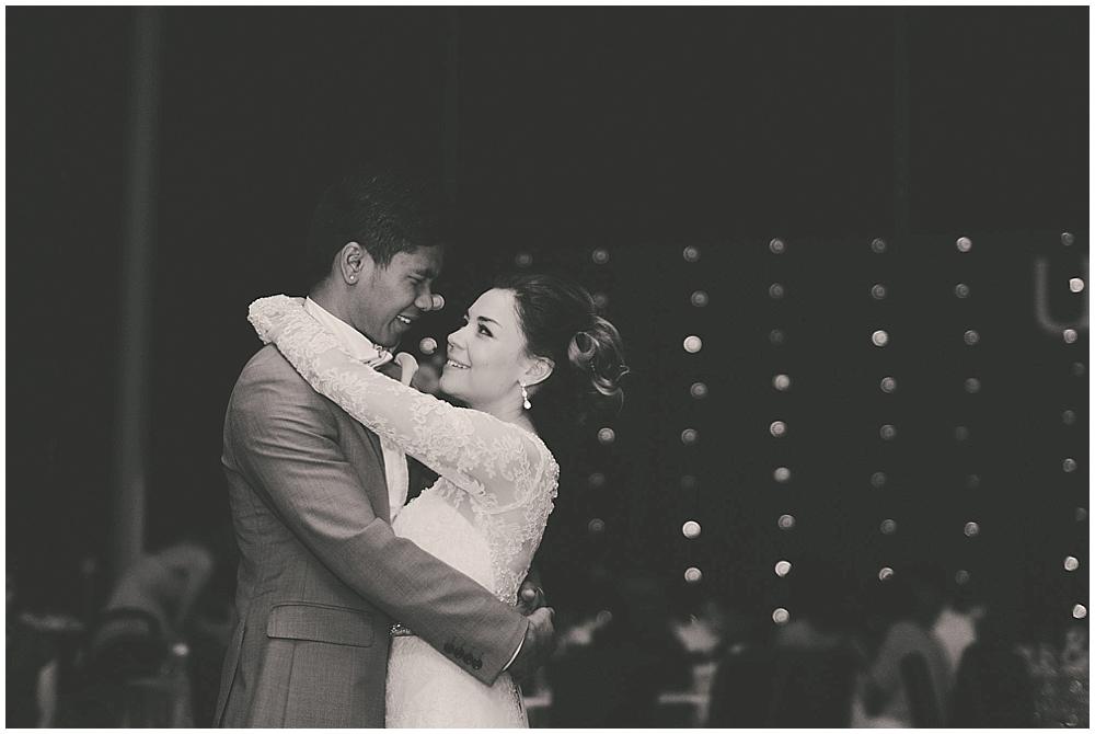 Liz-Eller-4812_fargo_wedding_photographer.jpg