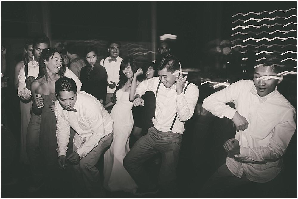 Liz-Eller-4885_fargo_wedding_photographer.jpg