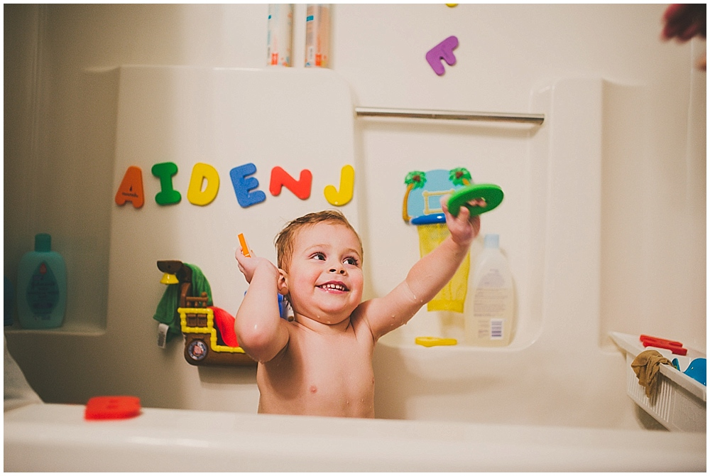 aiden-bath-1013_fargo_wedding_photographer.jpg