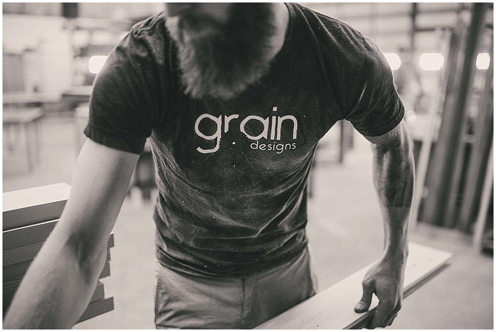 grain-designs-1087_zach_davis_fargo_wedding_photographer.jpg