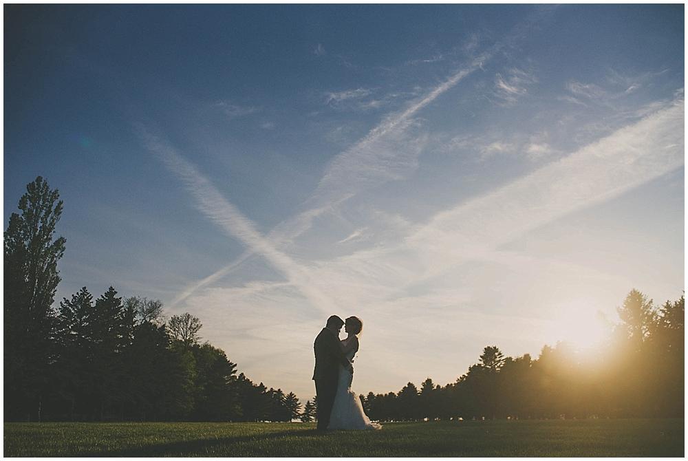 jazsmin-aaron-4149_zach_davis_fargo_wedding_photographer.jpg