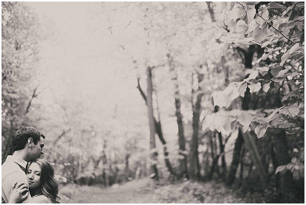 kenzie-aaron-1387_zach_davis_fargo_wedding_photographer.jpg