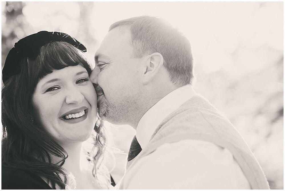 kelly-scott-1106_zach_davis_fargo_wedding_photographer.jpg