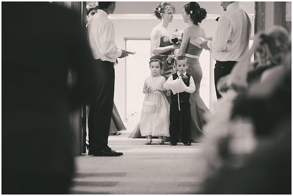jazsmin-aaron-2914_zach_davis_fargo_wedding_photographer.jpg
