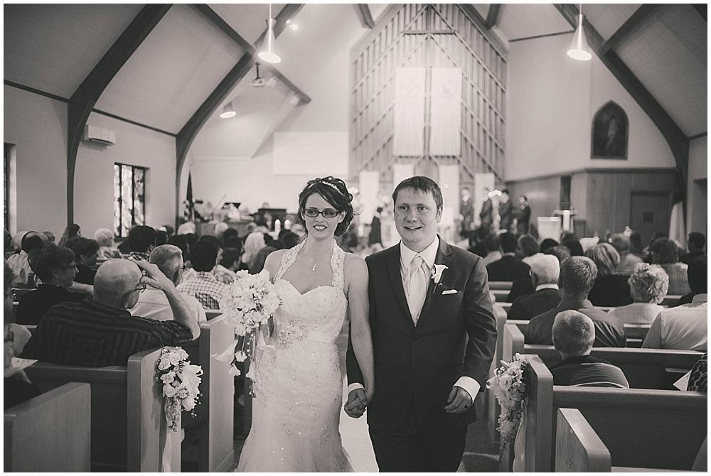 jazsmin-aaron-3398_zach_davis_fargo_wedding_photographer.jpg