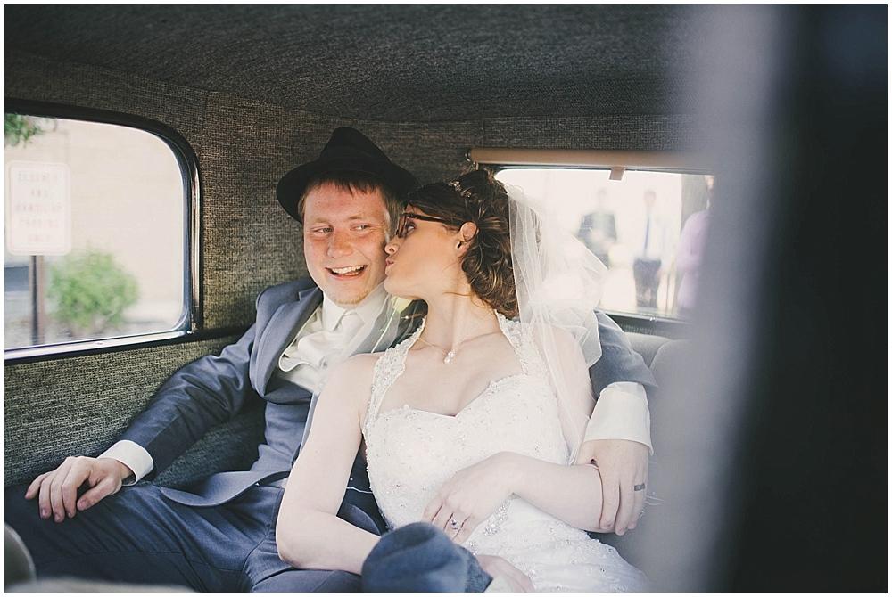 jazsmin-aaron-3520_zach_davis_fargo_wedding_photographer.jpg