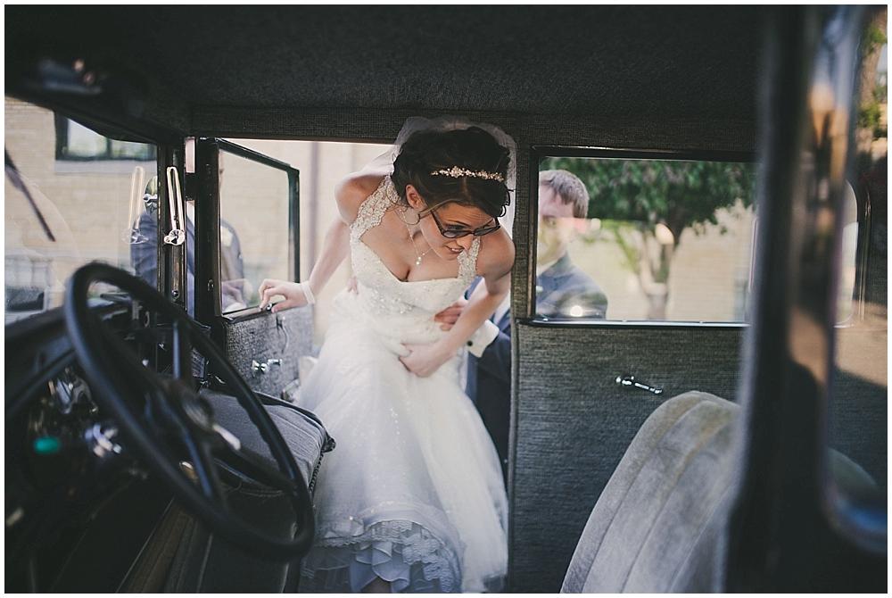 jazsmin-aaron-3506_zach_davis_fargo_wedding_photographer.jpg