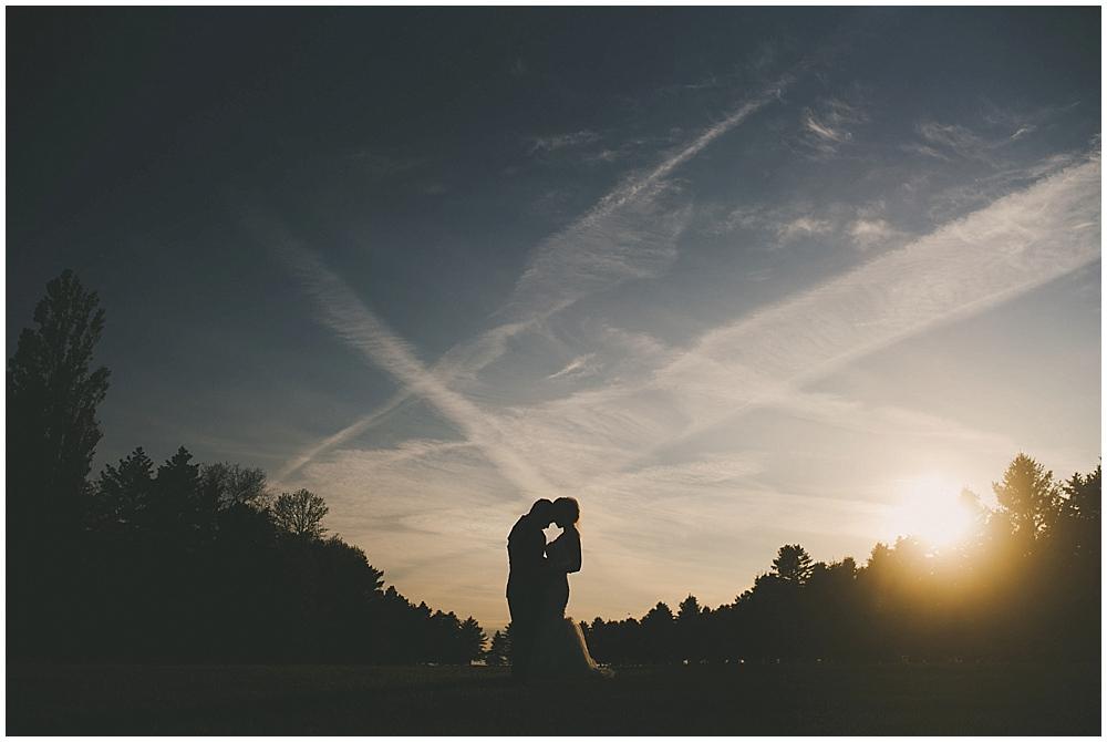jazsmin-aaron-4148_zach_davis_fargo_wedding_photographer.jpg