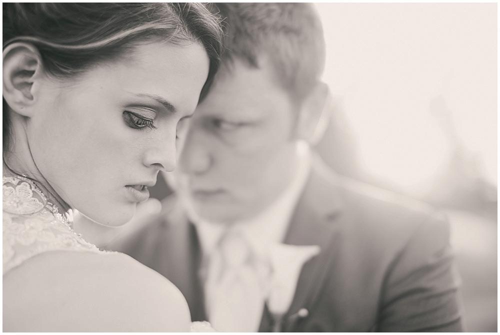 jazsmin-aaron-4235_zach_davis_fargo_wedding_photographer.jpg