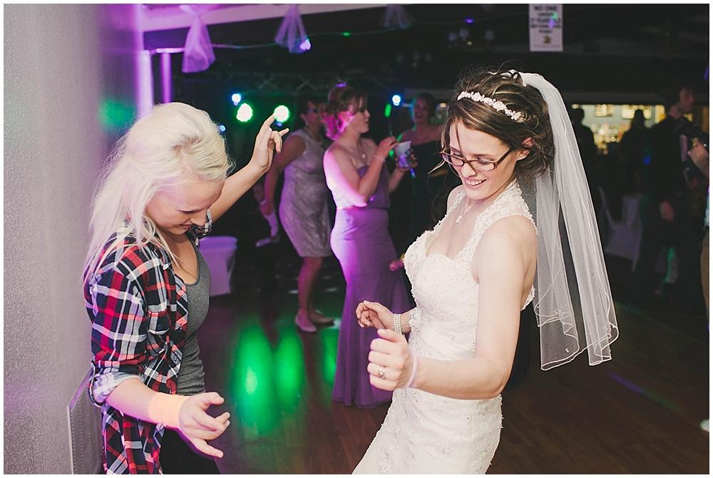 jazsmin-aaron-4690_zach_davis_fargo_wedding_photographer.jpg