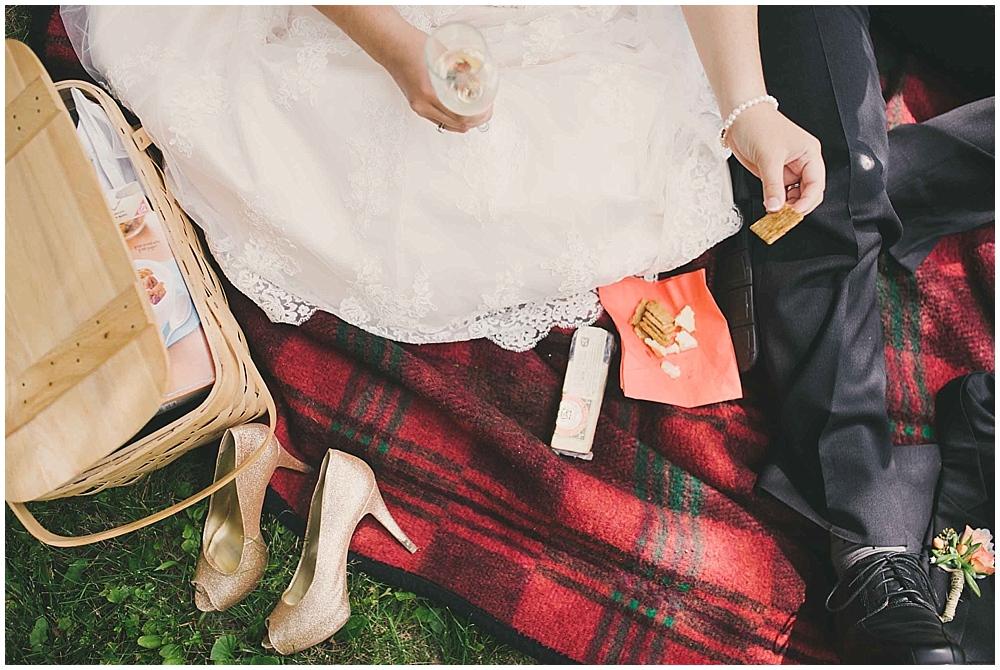 gabby-joey-2198_zach_davis_fargo_wedding_photographer.jpg