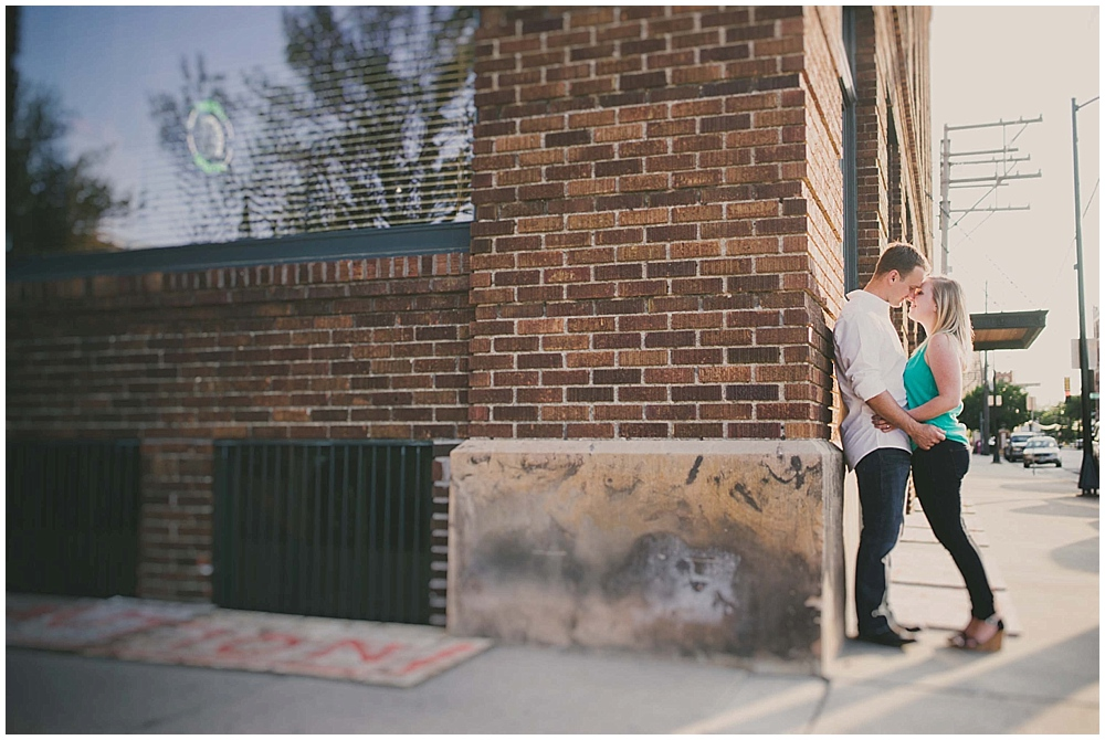 molly-brock-1272_zach_davis_fargo_wedding_photographer.jpg