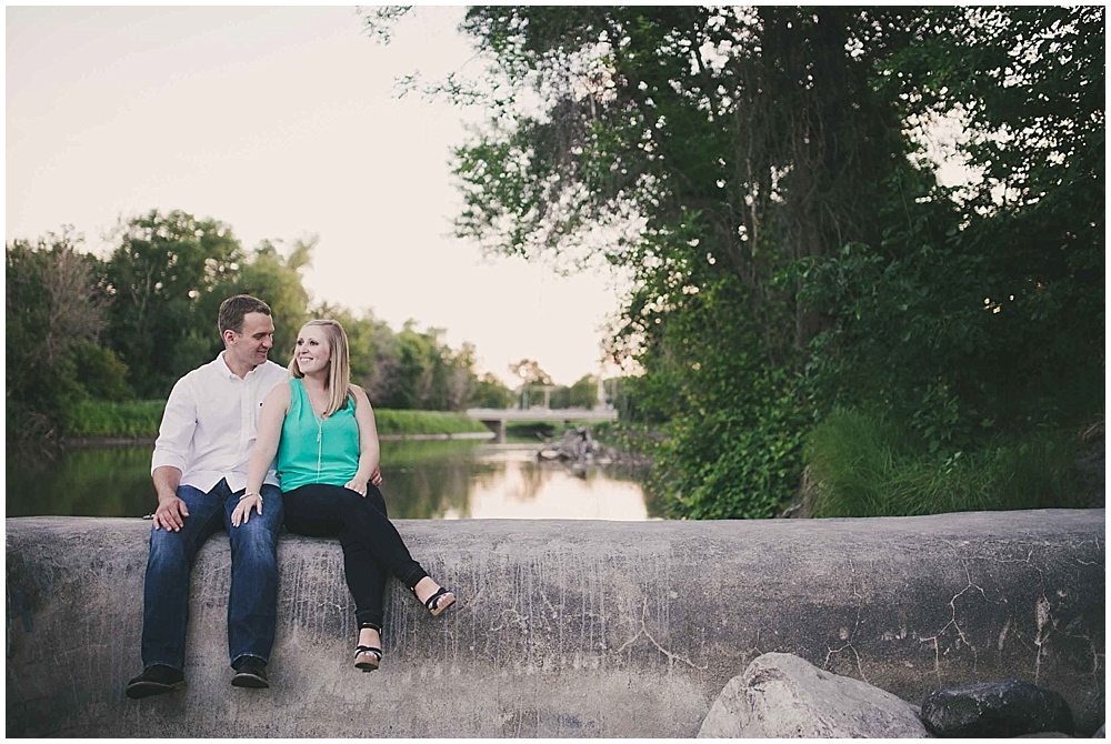 molly-brock-1564_zach_davis_fargo_wedding_photographer.jpg