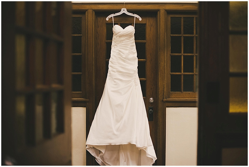 jennifer-travis-1046_zach_davis_fargo_wedding_photographer.jpg