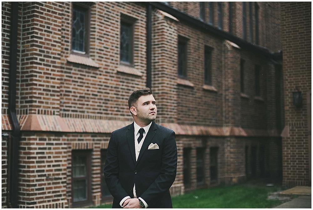 jennifer-travis-1512_zach_davis_fargo_wedding_photographer.jpg