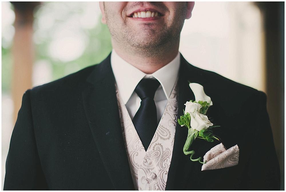 jennifer-travis-1845_zach_davis_fargo_wedding_photographer.jpg