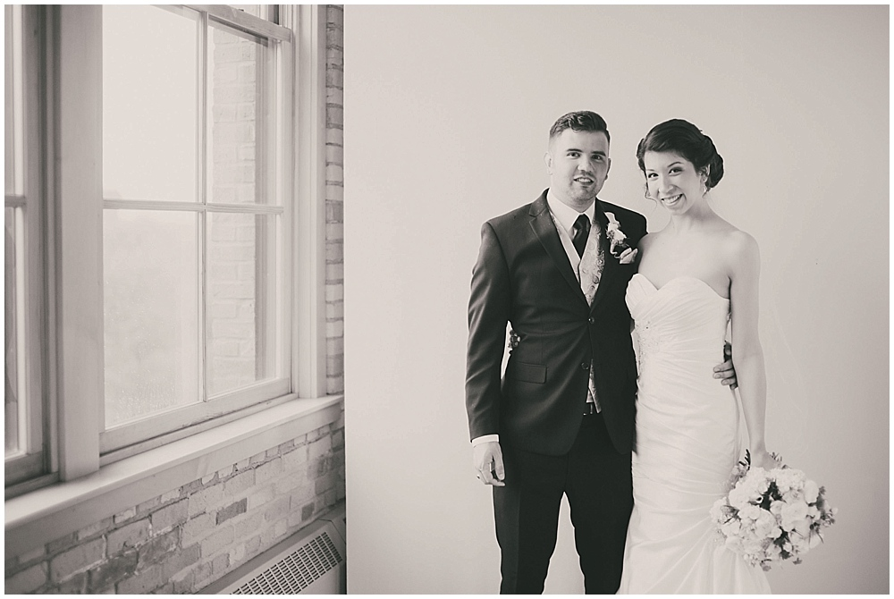 jennifer-travis-1887_zach_davis_fargo_wedding_photographer.jpg