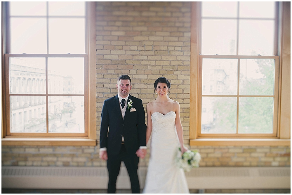 jennifer-travis-2068_zach_davis_fargo_wedding_photographer.jpg