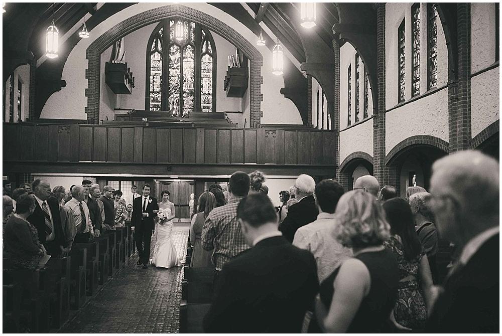 jennifer-travis-3045_zach_davis_fargo_wedding_photographer.jpg