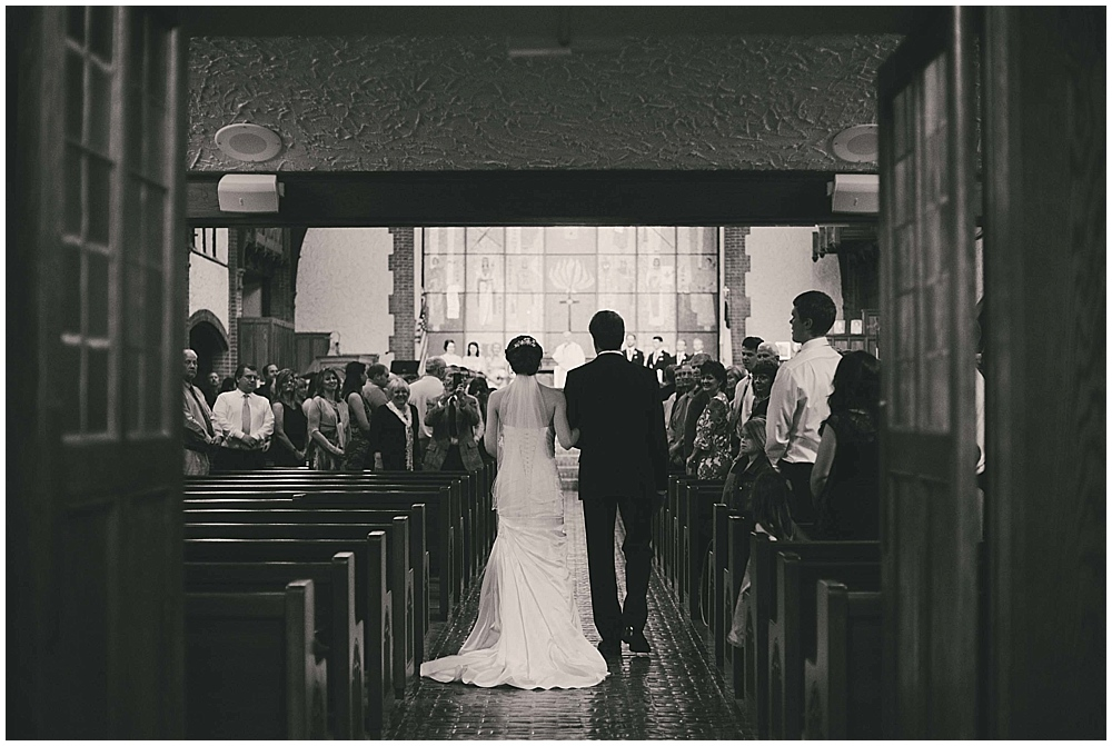 jennifer-travis-3071_zach_davis_fargo_wedding_photographer.jpg