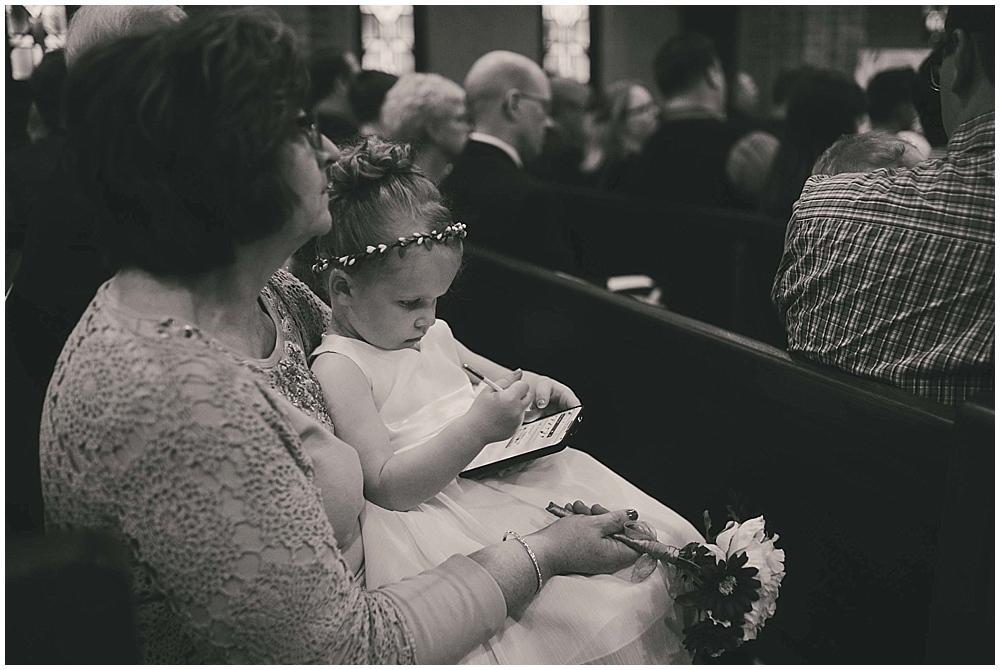 jennifer-travis-3221_zach_davis_fargo_wedding_photographer.jpg