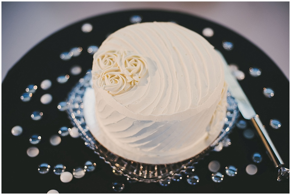 jennifer-travis-3474_zach_davis_fargo_wedding_photographer.jpg