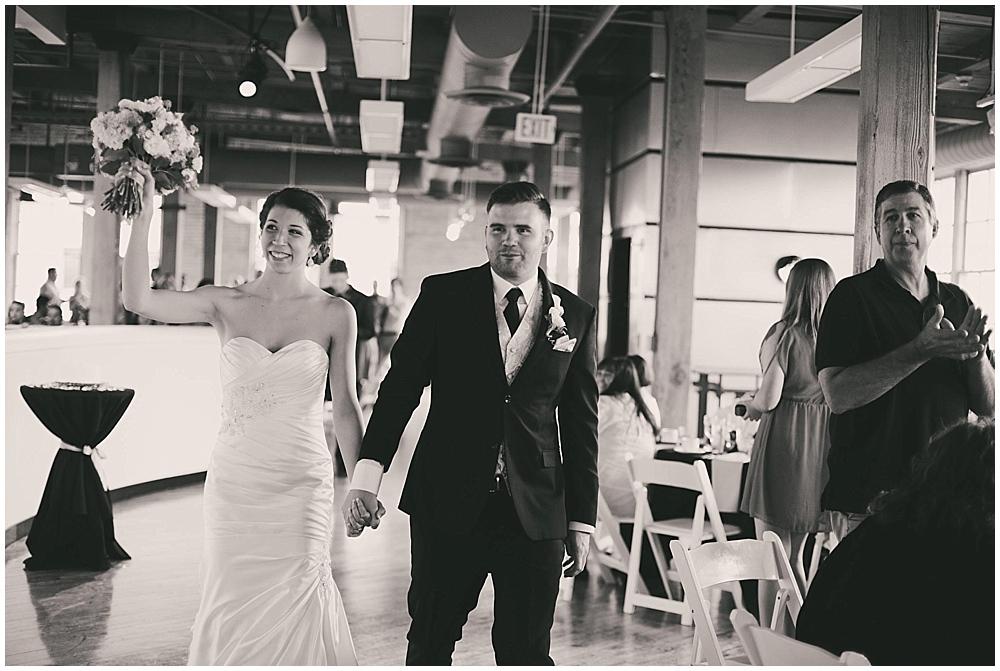 jennifer-travis-3554_zach_davis_fargo_wedding_photographer.jpg
